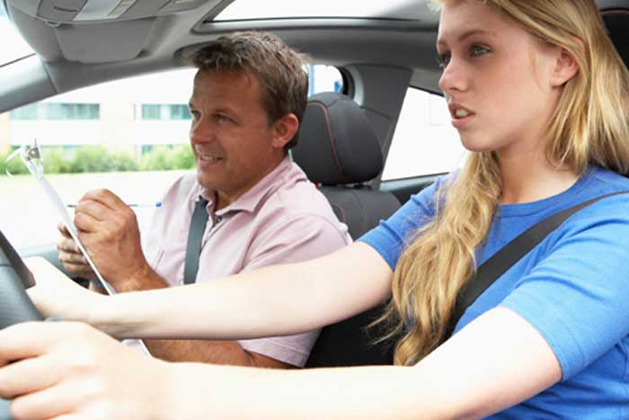 Arcade Drivers School - Milwaukee | Teen & Adult Driver Education